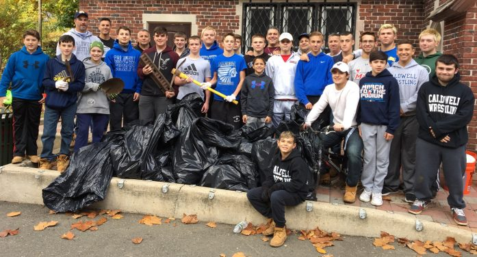 Caldwell Wresting And Kiwanis Club Gives Back to Community