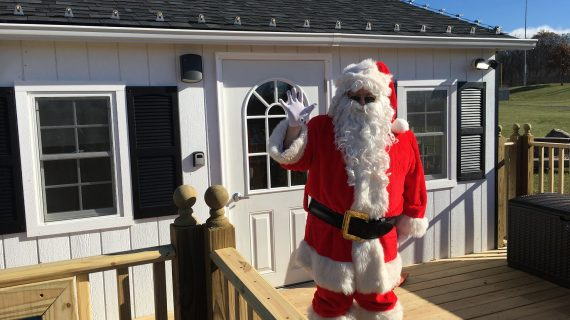 Santa Packs Up After Two Decades, Relocates To New House At Park