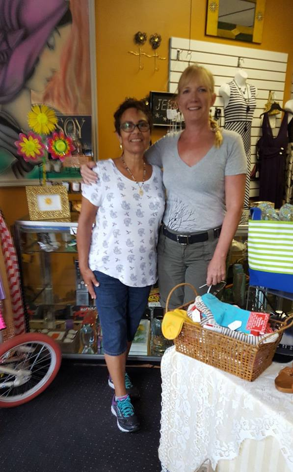 Consignment Shop Helps Morris County Charities