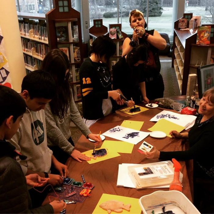 Livingston Library Makes Time For Makers Day