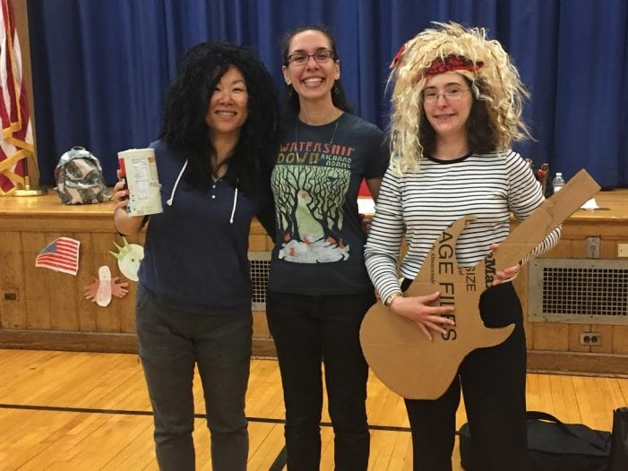 Summer Rocks In Livingston With Reading