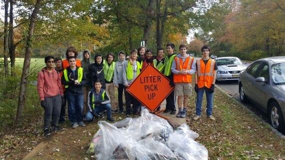 Roxbury's Roxbotix Team Cleans Up Righter Road