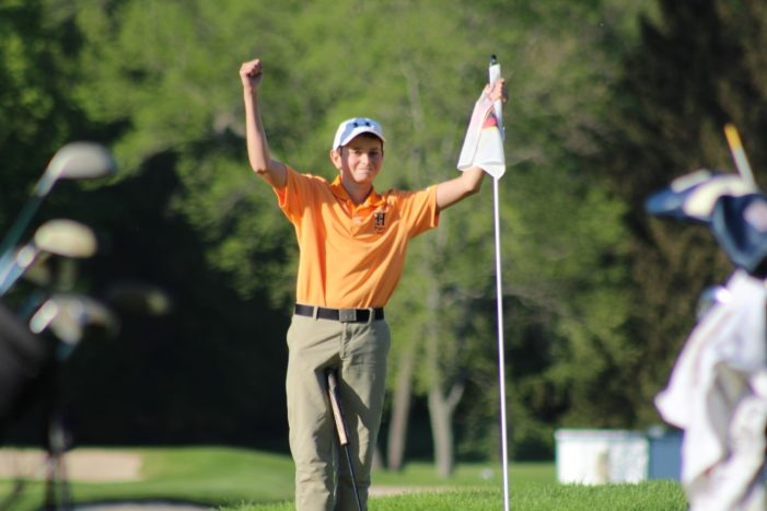 Panther Valley's Derek Weaver Leads HHS Golf To 'Freedom'
