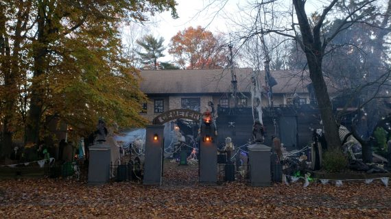 Celebrating 30 Years of Halloween Thrills, Roxbury's Halloween House will be a Sweet Returning Treat