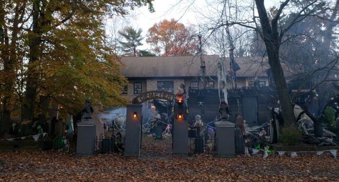 Celebrating 30 Years of Halloween Thrills, Roxbury's Halloween House will be a Sweet Returning Treat