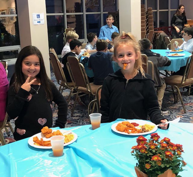 4 th Graders Lead Shabbat Service at Temple Beth Tikvah
