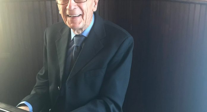 100 Year Old Pianist Boosts Spirits With His Beautiful Music