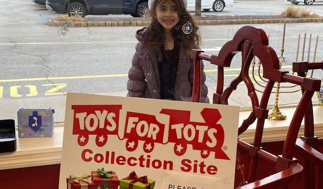 Wayne Girl Donates 16 Toys to Local Drive