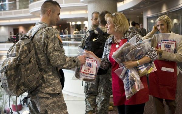5 Ways to Go Beyond Saying 'Thank You' to Military Service Members