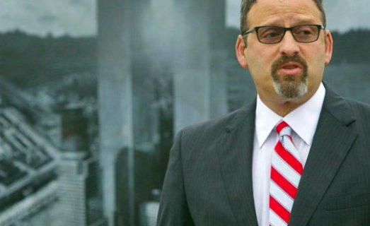 Mayor Rob Greenbaum: Always Helping Others